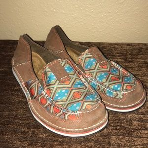 Ariat Turquoise & Orange Aztec Loafer size 7 B